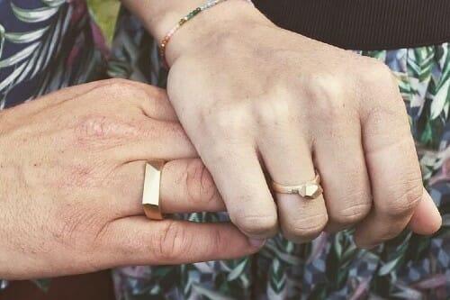 speciallavet forlovelsesring